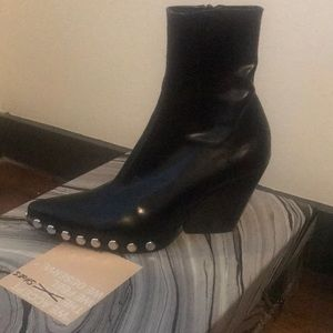 Jeffery Campbell Walton Boot